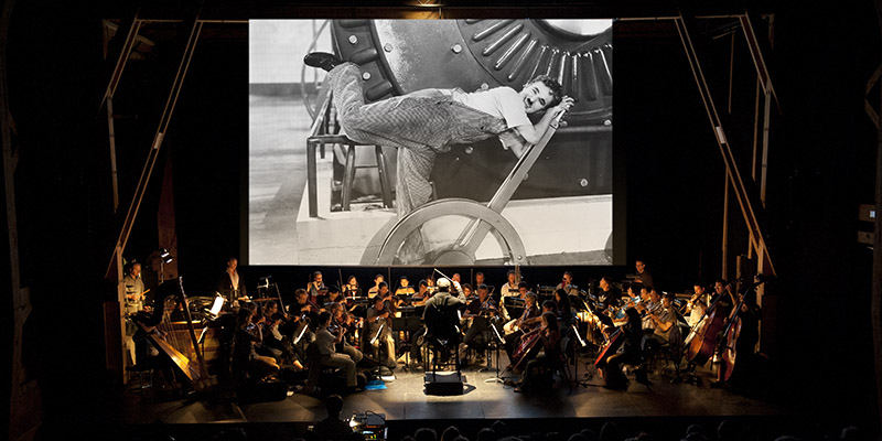 Charles Chaplin: Les Temps modernes - Orchestre des Jardins Musicaux - Grange aux Concerts – Cernier