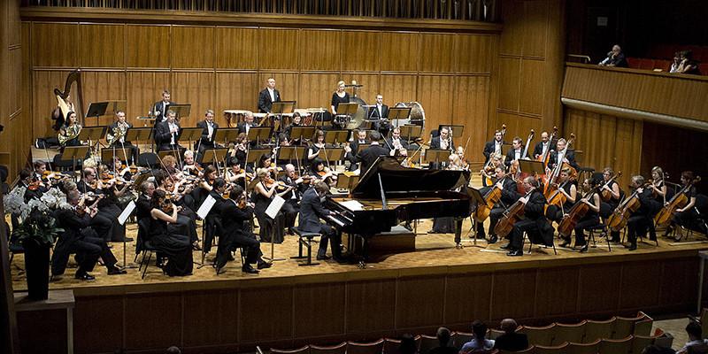 Tschaïkovsky: Symphonie 6 – Orchestre Symphonique de Lodz – La Chaux-de-Fonds